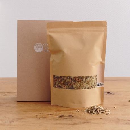 Infusion de Rooibos biologique agrémenté de gingembre, vanille en morceaux et de feuille de Stevia.